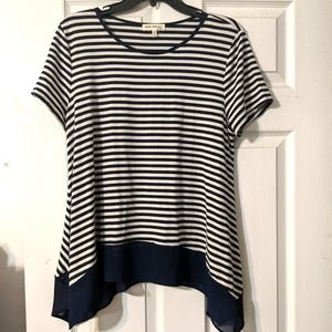 2/$10 Blue and white top
